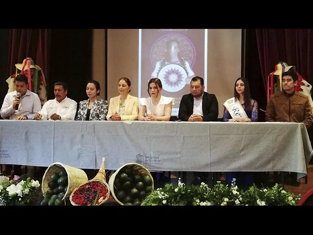 Prepara Peribán su tradicional Feria de Domingo de Ramos
