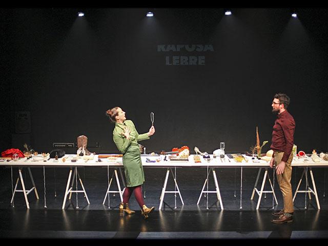 Con propuesta escénica de teatro de objetos se presenta en México la compañía portuguesa Eira