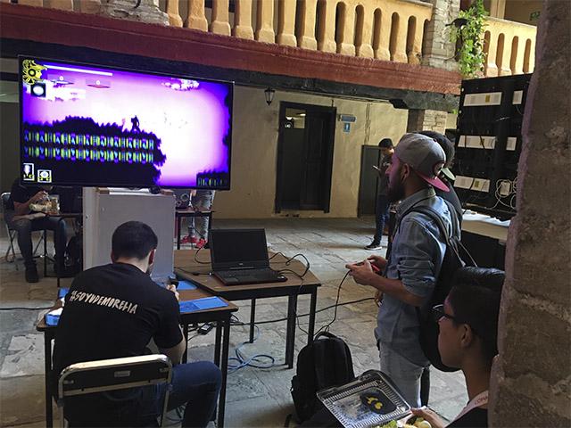 Destacan alumnos de Ingeniería en Videojuegos de la UdeMorelia en el Festival Espiral Foro Universitario