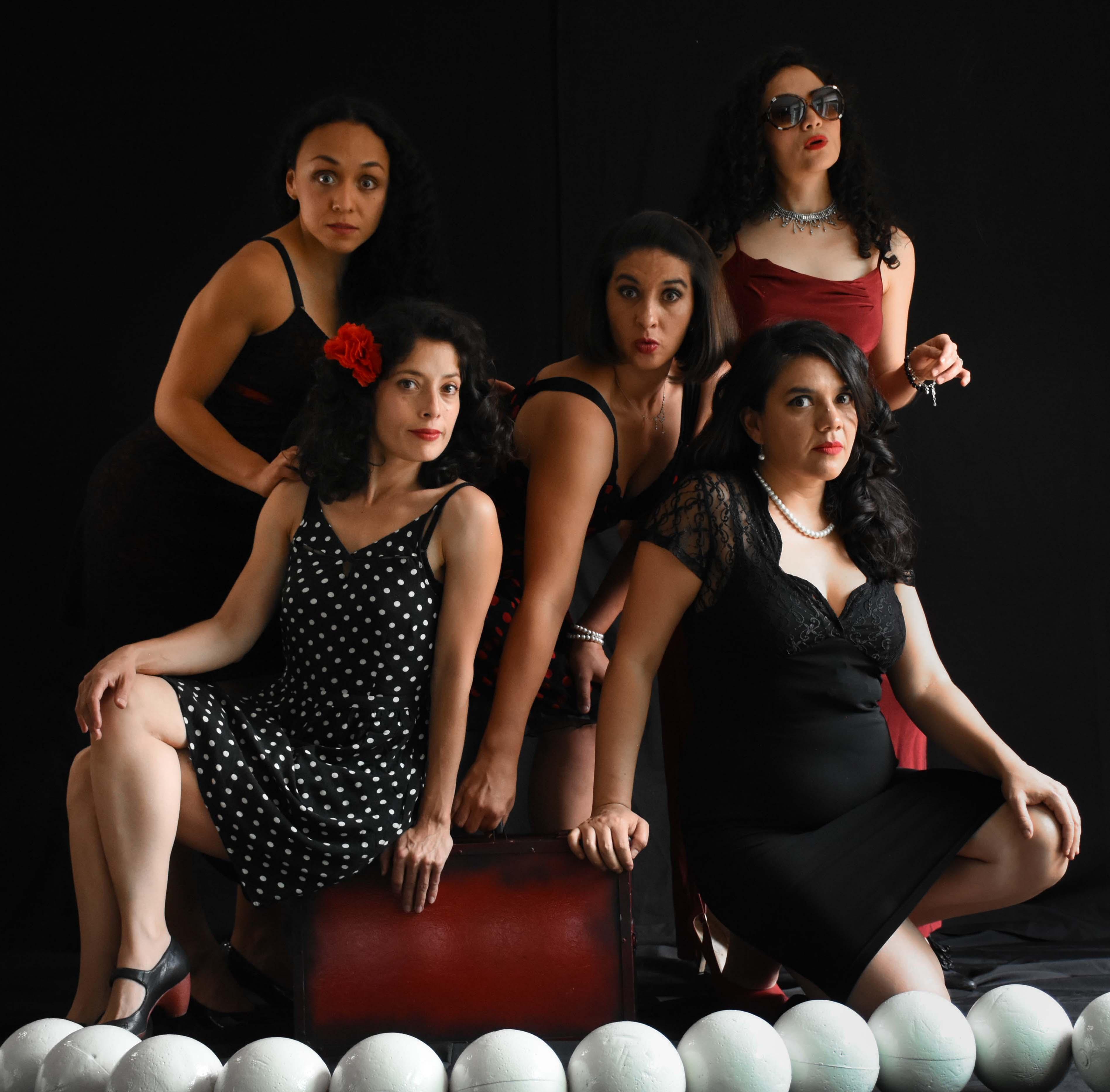 Varietè De-lirios, humor femenino en el Cenart