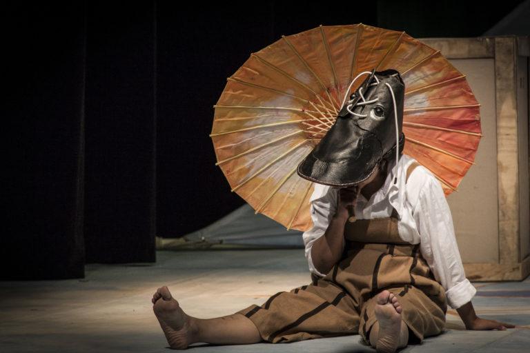 Con espectáculos experimentales, La Máquina de Teatro difunde los derechos de las mujeres y las niñas