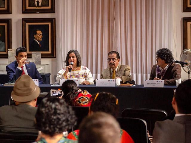 Realizan el simposio Políticas culturales en transformación