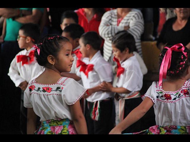 Folklore michoacano fue disfrutado en Atécuaro este 15 de septiembre