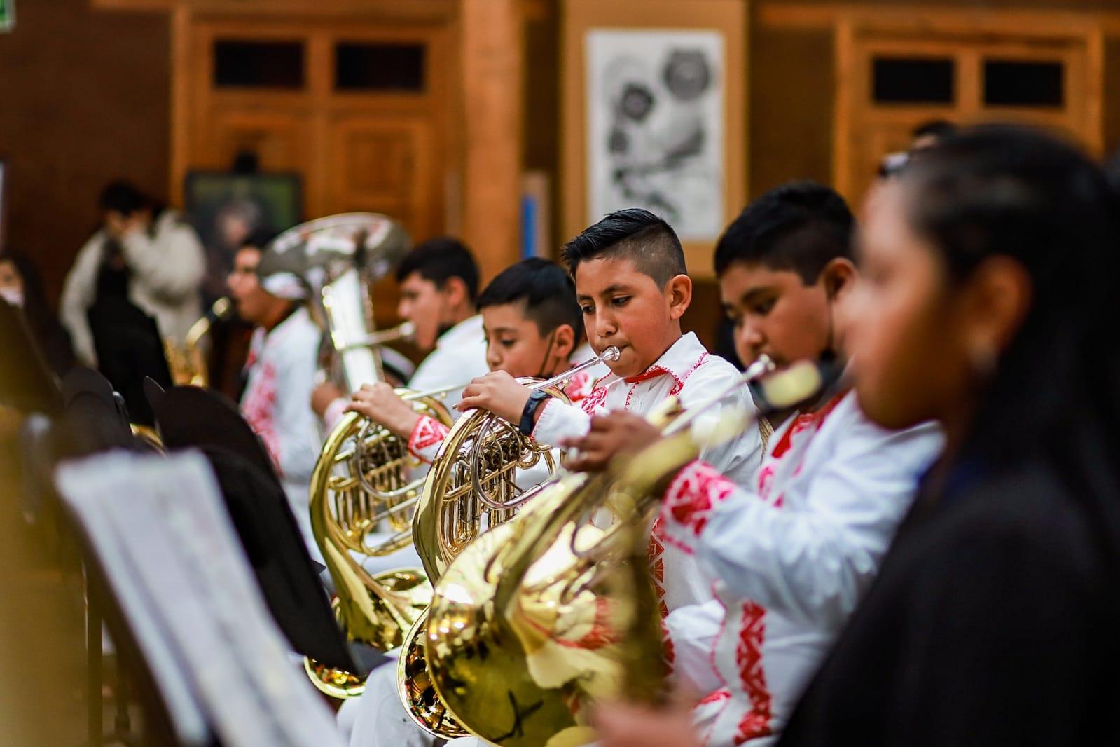 En Tingambato, la práctica musical proyecta los sueños de los infantes y revalora la cultura purépecha