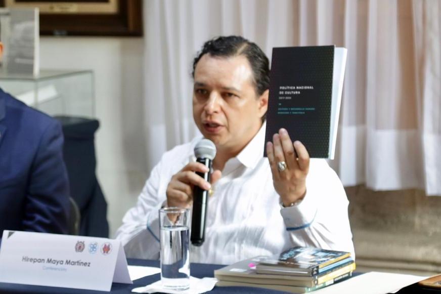 Imprudente, pretender que desaparezcan becas para creadores: Hirepan Maya