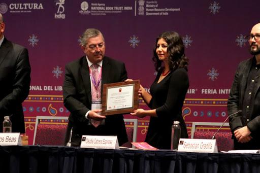Convoca FIL Guadalajara al Premio José Emilio Pacheco